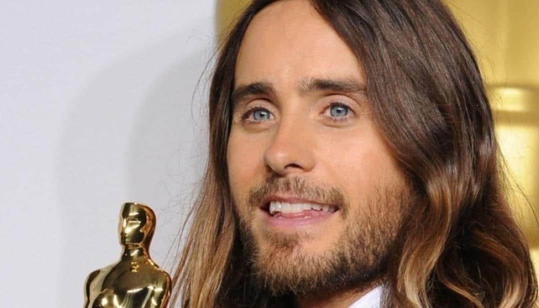 Oscar Winner Thanks His Mom for Giving Him Life as Pregnant Teen
